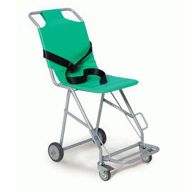 TRA07/1 Transit Chair 4 wheels & footrest, front brake